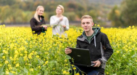 Oberösterreich: Breitband an allen Fachschulen