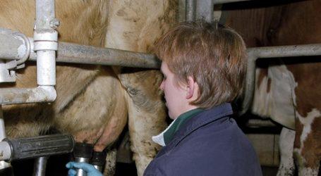 Milch: Überraschender Lieferrückgang in Deutschland