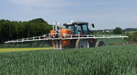 Maschinenring bildet Pflanzenschutzexperten aus