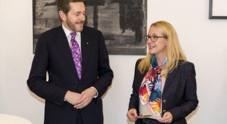 Schramböck: Verwaltung soll digital werden