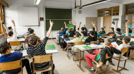 """""""FarmLife"""": Betriebsmanagement an Landwirtschaftsschulen"""