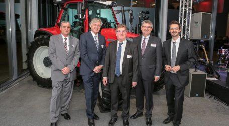 Lindner eröffnet neuen Frankreich-Standort
