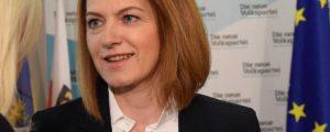 Bauernbund setzt bei EU-Wahl auf Simone Schmiedtbauer