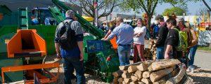 FORST live in Offenburg bot Bühne für Forstmaschinen