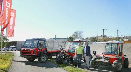Lagerhaus-Rentflex um Reform-Geräte erweitert