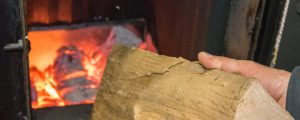 Kaminöfen umweltfreundlich bedienen