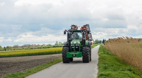 ÖKL legt Der-Traktor-im-Straßenverkehr neu auf