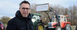 Über 3300 Bauern bei Demos vor Spar-Zentralen