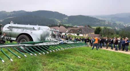 Feinde des Engerlings in Königswiesen präsentiert