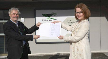 Hohe Auszeichnung für Leiter der LFS Hollabrunn