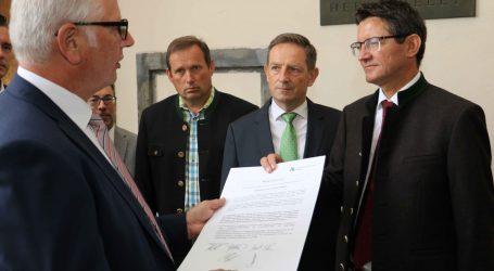 Platzverbot für Wölfe auf Kärntens Almen
