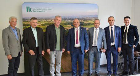 Kosovarische Delegierte knüpfen Kontakt zu UBV